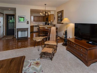 Photo for FINCH 2 WPM: 1 BR / 1 BA condo in Blowing Rock, Sleeps 4