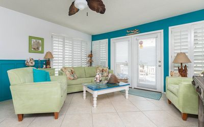 BEACH FRONT! 3 BR 2.5BA! Private Deck! ~ *The Perfect Beach House!*