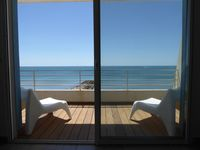 Amazing well furnished flat in front of the sea