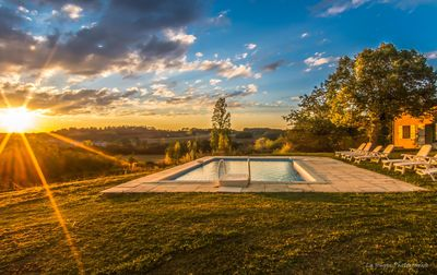 Stunning 180°views, Private 8x4 infinity pool, Pool table, Sun & Sunsets.
