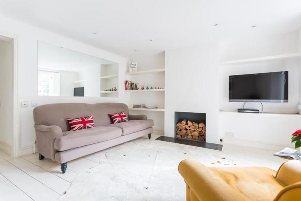 London Home 574, Picture This… Enjoying Your Holiday in a Luxury 5 Star Home in London, England - Studio Villa, Sleeps 3