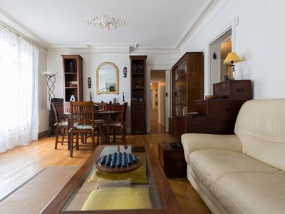 Photo for Very chic 3/4 Bedrooms direct EIFFEL / ÉLYSÉES Large 95M2 - 1000Sqf with balcony