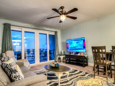 Photo for Laketown 528 - Low Floor, Just Remodeled,Best Amenities And Location