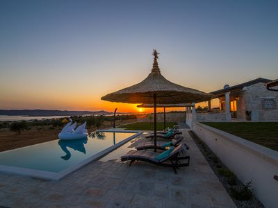 Photo for Family size Villa with swimming pool and stunning views