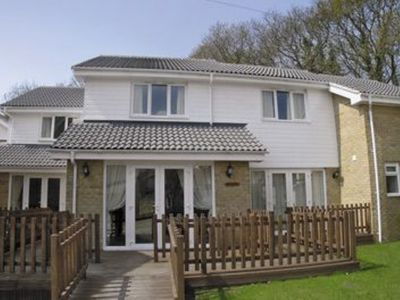 Photo for 2 bedroom property in Ryde and Seaview.