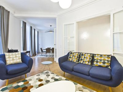 Photo for Amazing Apartment for 6 guests at Champs-Elysées