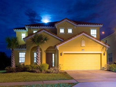 Photo for STYLISH 6 BED, SLEEPS 18, 12 MILES TO DISNEY, ONSITE AMENITIES, GATED RESORT