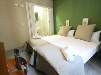 Photo for Central 1 bedroom apartment 2 pax Wifi with lift