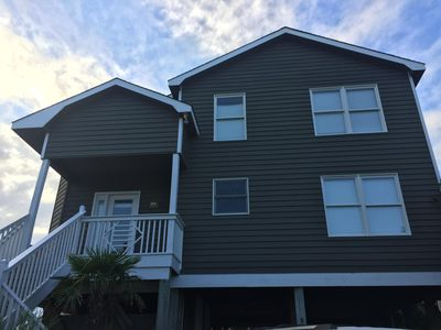 Photo for Family-Friendly 5 BD/3BA House in Island Park across from Beach Access
