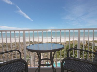 Pet Friendly Beachfront, Gulf View, 2 King Beds, W/D, Free Wi-Fi & Cable, Pool, Hot Tub-303 Oceanway