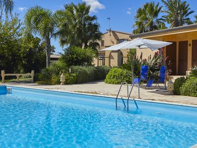 Photo for Villa in Triscina with 4 bedrooms sleeps 8