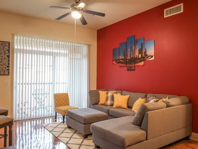 Photo for DISCOUNTED Private Oasis w/ Pool View in the ❤️ of Texas Medical Center by NRG