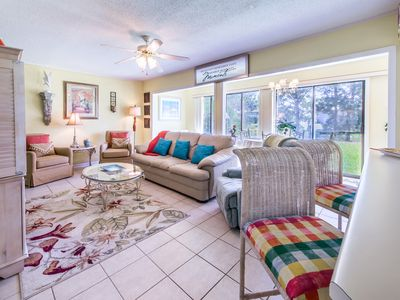 Photo for Gulf Terrace 177-2BR-OPEN Oct 20 to 22 $442! Heart of Destin- Budget & Fun Pass