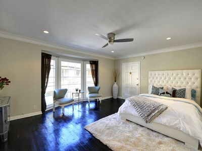 Photo for Apartment Vacation Rental in Hollywood, California