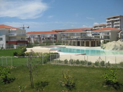 Photo for 2 Bedroom Apartment, Sea View, 100m from the beach, Sleeps 6.