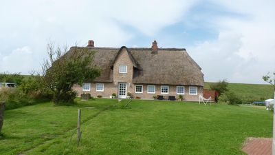 Photo for Exclusive, spacious apartment in the thatched house built in 1840 restored in 2010