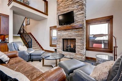 Warm and open living room - Park City Lodging-817 Park Ave