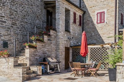private courtyard and BBQ