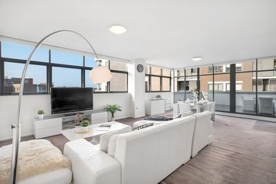 Oversize Living & Dining area with North and East aspects