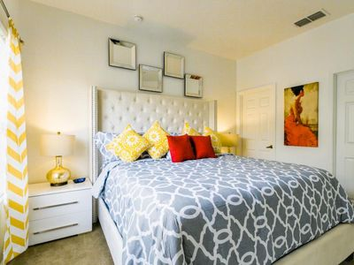 Photo for Superb Townhouse Newly Renovated 1.5 miles to Disney
