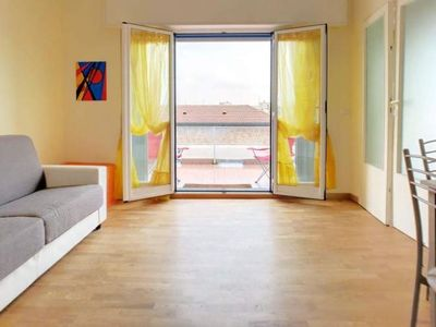 Photo for Sun-filled 1 BR on San Vittore