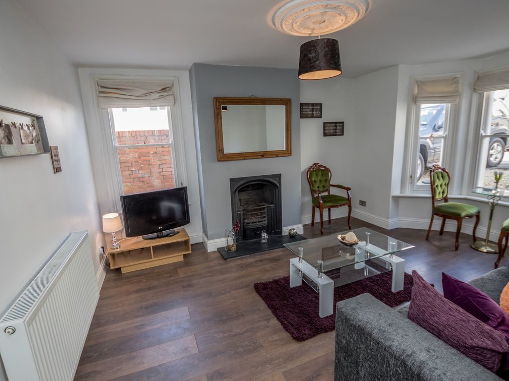 Stunning one bedroom victorian apartment fu homeaway