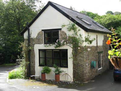 Photo for Cosy, very quiet, relaxing retreat, pretty surroundings, idylic. (pet-friendly)