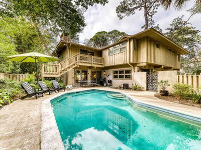 Photo for Secluded home on beach path w/  private pool & two living areas!