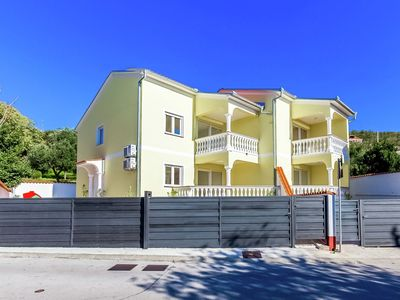 Photo for Charming  home with swimming pool and beautiful covered terrace !