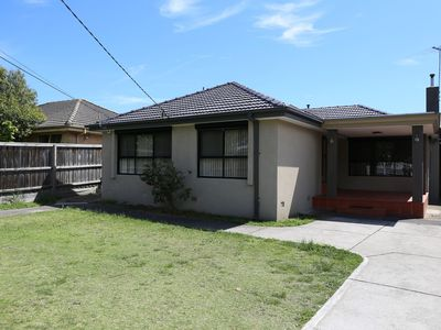 Photo for 3BR House Vacation Rental in Keysborough, VIC