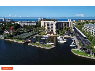 Photo for Siesta Key Luxury On The Water - 2 Br/2 Bath, Walk To Beach***REDUCED RATES***