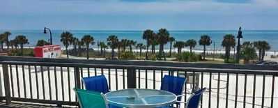Remodeled Condo in the Middle of Myrtle w/ Ocean View + right on Boardwalk