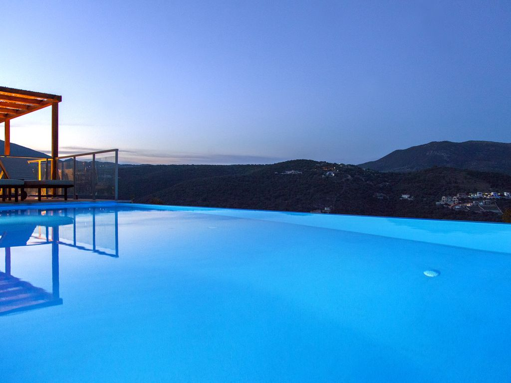 Amazing views and Private Pool