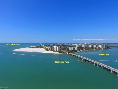 Photo for Carlos Pointe 521 Direct Beachfront Beachy & Bright, 5th Floor, 2 Bedroom/2 Bath