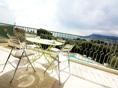 Photo for Quiet & Sunny / Large Terrace & Pool