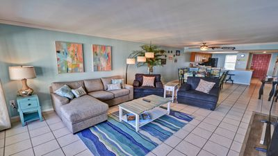 On Top of the World!  10th Floor Beachfront! By Rent On Padre