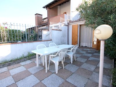 Photo for Terraced vertical tiled garden for 8 people with two balconies.