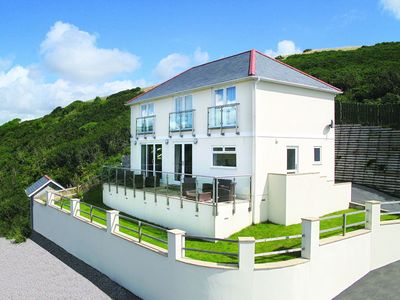 Photo for From £18 pppn. Luxury five-star pet friendly home with stunning sea views, 300m from Downderry beach