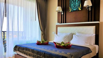Photo for Superb Thai style sea view apartment with jacuzzi