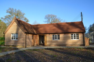 Wishing Well Cottage - Nuthurst, West Sussex