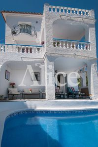 Photo for Detached villa in quiet residential area near to Burriana Beach