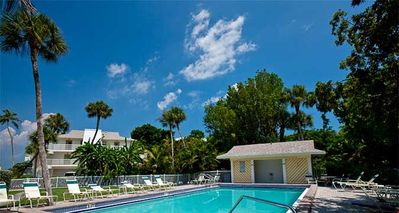Captiva Shores 6A Community Swimming Pool
