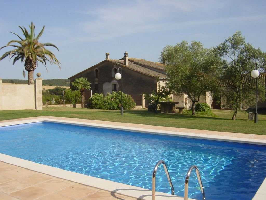 Masia with pool garden and private forest in rural area for Gartenpool 10x5