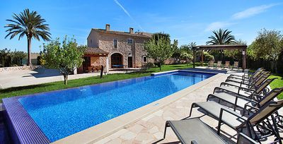 Photo for 6 bedroom Villa, sleeps 12 in Calonge with Pool, Air Con and WiFi