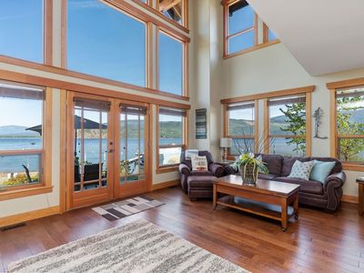 """Photo for """"True"""" Shuswap Lakefront property - Lake access out your back door!"""