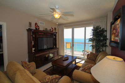 """Living Room with 51"""" Flatscreen TV Overlooking the Gulf of Mexico"""