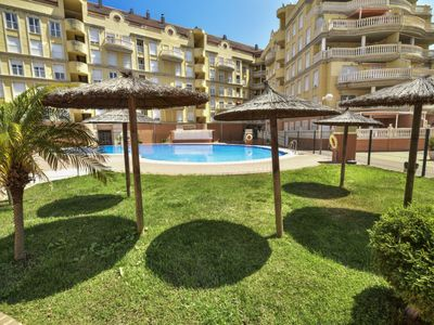 Photo for Apartment Jardines del Montgo in Dénia - 6 persons, 3 bedrooms