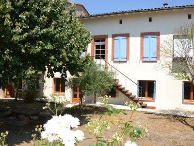 Photo for Large village house with garden 24 km Toulouse