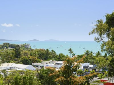Photo for Airlie Harbour Apartment - Airlie Beach