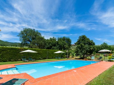 Agriturismo with garden, private terrace, panoramic pool, organic wine